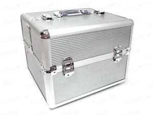 Kosmetický kufřík hliníkový - stříbrný
